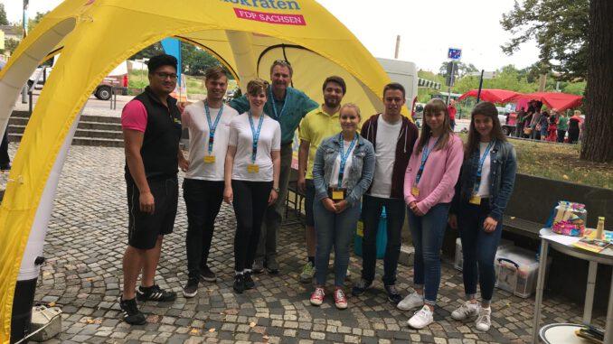 Landtagswahlkampf in Radebeul: Besuch der FDP-Sommertour