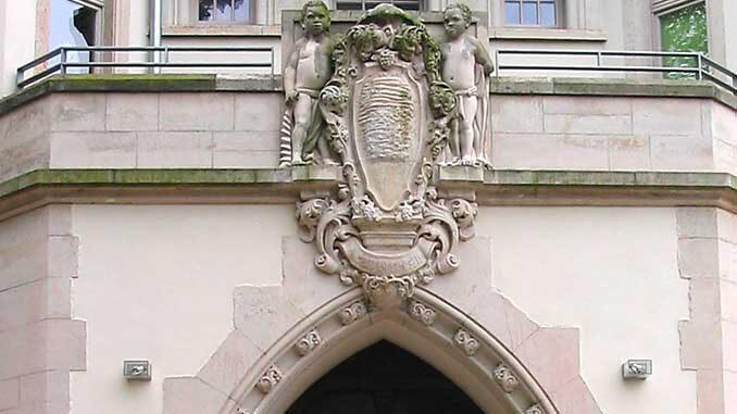 Eingangsportal des Mohrenhaus Radebeul